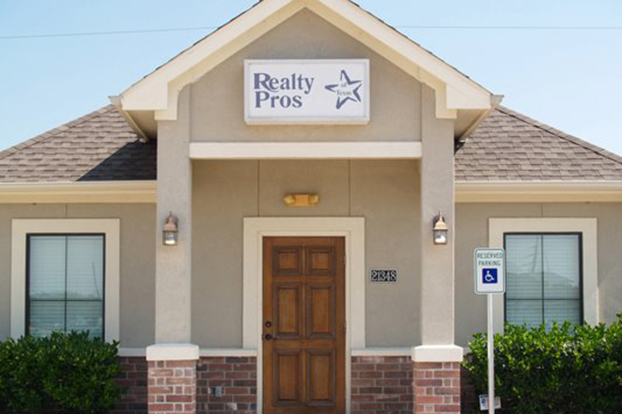 Realty Pros office exterior